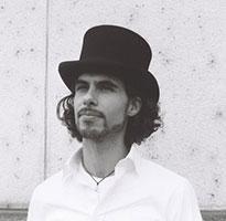 RAPHAEL PREUSCHL, Bassgitarre / Jazz-Bass / Jazz-Rock / Pop-Ensemble