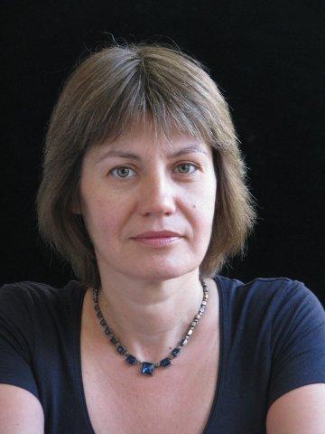 Mag. EUGENIA RADOSLAVOVA, Klavier